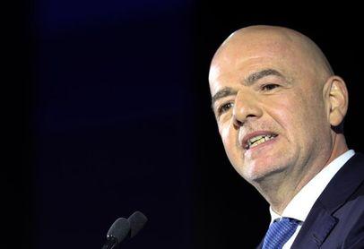 Infantino asistirá al partido Bélgica-Finlandia tras reunirse con Putin