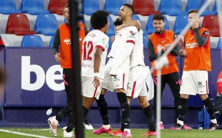 El Wolverhampton ofrece al Sevilla ingresar el doble de lo que pagó por En-Nesyri hace año y medio
