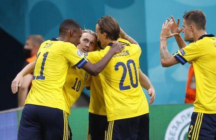 3-2. Forsberg le gana el duelo a un histórico Lewandowski