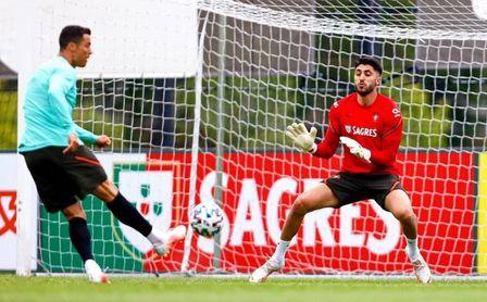 Los béticos juegan en casa: William Carvalho y Rui Silva llegan este fin de semana a Sevilla