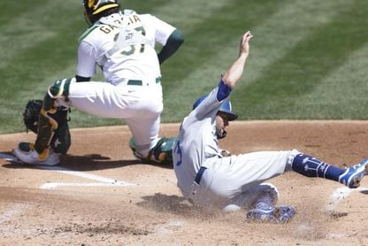 4-0. Cachorros blanquean sin hit a Dodgers; séptimo partido sin hit en 2021