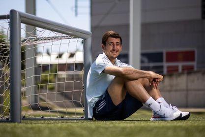 """Oyarzabal: """"Detrás del lado bonito del fútbol hay mucho sufrimiento"""""""