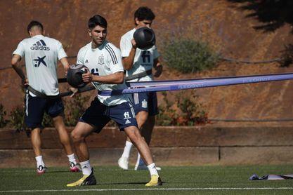 España completa su último entrenamiento antes de los cuartos de final