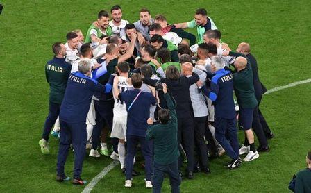1-2: Italia va en serio y se cita con España en 'semis'