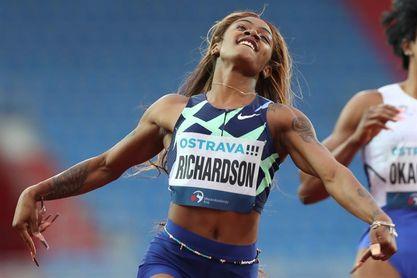Congresistas de EE.UU. piden reconsiderar la suspensión de Sha'Carri Richardson