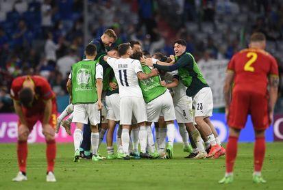 1-2. Italia va en serio