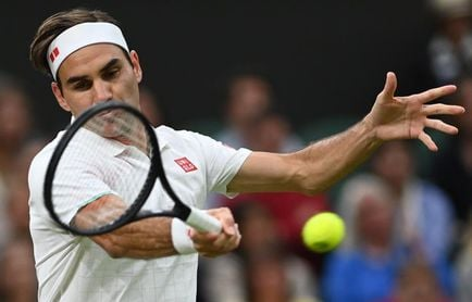 Federer, sin problemas ante Sonego para meterse en cuartos