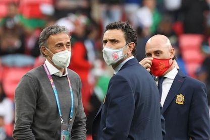 Luis Enrique sorprende con Oyarzabal; Mancini apuesta por Emerson