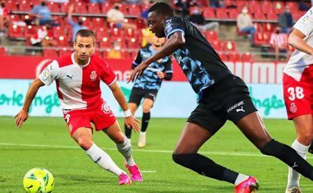 """Sadiq: """"No me importaría seguir una temporada más en el Almería""""."""