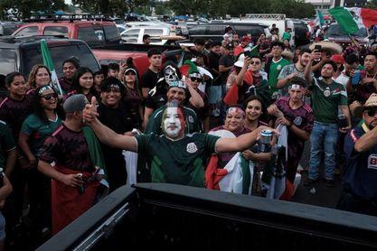 Mujeres mexicanas lamentan el machismo en el fútbol