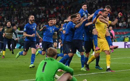 Italia 4-3 Inglaterra: Donnarumma encuentra la gloria en los penaltis