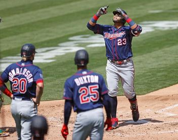 3-2. El dominicano Nelson Cruz impulsa carrera del triunfo de Mellizos