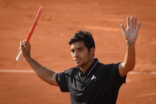 El chileno Cristian Garín pasa a cuartos sin apuros