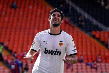 3-0. Guedes brilla en la cómoda victoria del Valencia ante el Atromitos