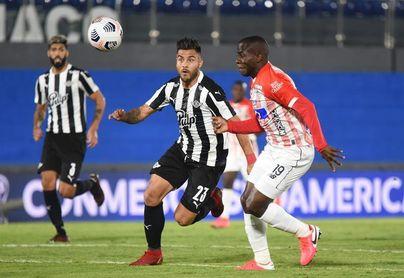 0-1. Libertad se mete en cuartos pese a perder con el Junior de Barranquilla