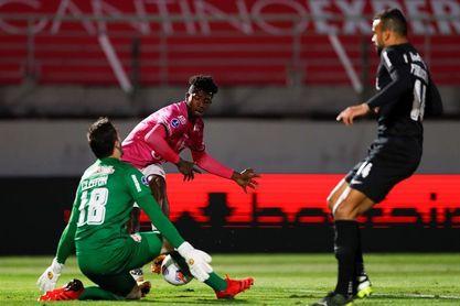1-1. Bragantino avanza a cuartos de final y espera a Rosario o Táchira