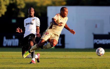 El Cartagena rescinde el contrato del delantero brasileño Vinicius Tanque