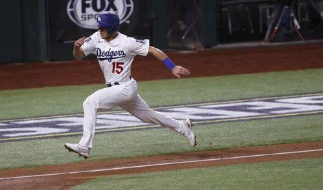 1-0. Barndes jonronea y marca el triunfo de los Dodgers