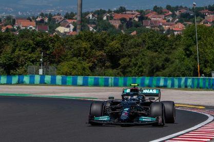 Bottas dominó el segundo libre; 'Checo' quinto, Alonso, séptimo y Sainz el 12