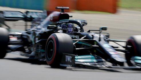 Hamilton dominó último libre; Sainz fue cuarto, Pérez séptimo y Alonso, el 9