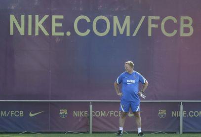 Suave sesión de entrenamiento del Barcelona antes de enfrentarse al Stuttgart