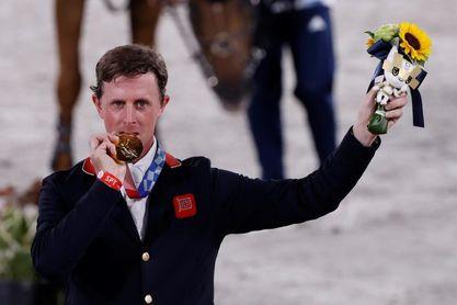 Maher revalida el oro británico en saltos de obstáculos