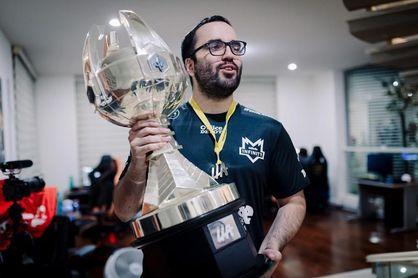 El argentino 'WhiteLotus' piensa en retirarse de League of Legends