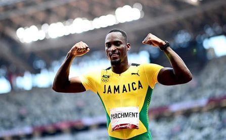 El jamaicano Parchment bate al favorito Holloway en 110 m vallas