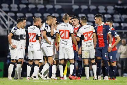 Cerro Porteño vence a Olimpia a domicilio en el Clásico paraguayo