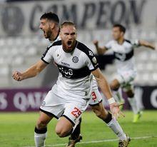 El Huesca ficha al delantero paraguayo Pitta