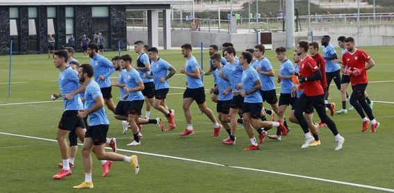 Yeray sigue con molestias en la rodilla izquierda y será baja en Vigo