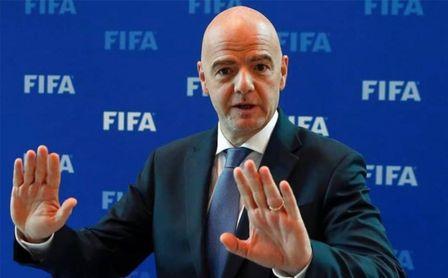 FIFA advierte a LaLiga y Premier, y pide a Johnson que deje salir jugadores