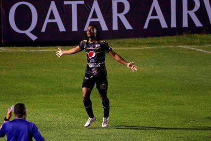 La liga salvadoreña disputa la séptima fecha con ausencia de seleccionados