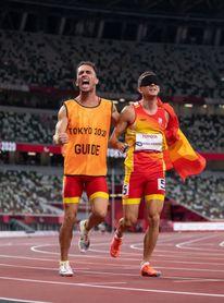 Gerard Descarrega revalida el oro paralímpico de 400 metros