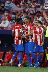 Luis Suárez reestrena titularidad; Estupiñan, en el once del Villarreal