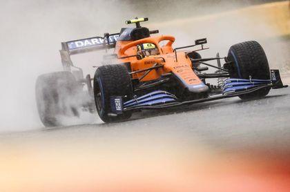 Norris pierde cinco puestos en parrilla; Sainz y Alonso avanzan uno