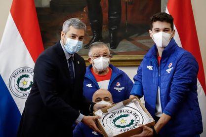 Rodrigo Hermosa, la promesa de la natación paraguaya se sumerge en Tokio