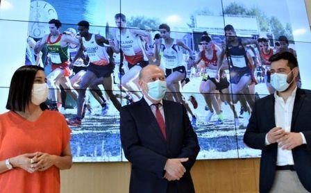 """Villalobos: """"Vamos a intensificar la cantidad y calidad de los atletas españoles que participen en el Cross de Itálica"""""""