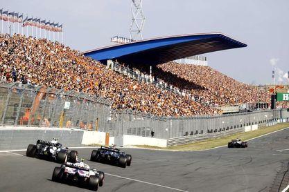 """Sergio Pérez: """"Fue increíble pilotar en este circuito de la vieja escuela"""""""