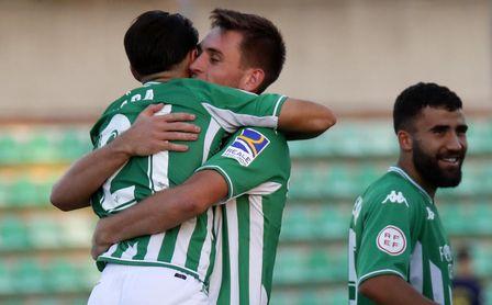 El exsevillista Lara da al Betis Deportivo su primera victoria (1-0).