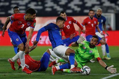Sin Pulgar y Maripán, Chile prepara duelo clave ante Ecuador en Quito