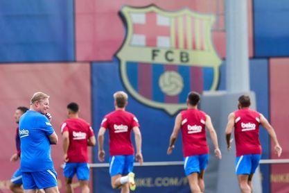 El Barcelona regresa a los entrenamientos con Luuk de Jong, Pedri y Piqué