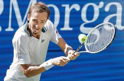 Los adolescentes canadienses acaparan semifinales; Medvedev, imparable