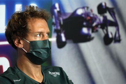 Vettel ?no está preocupado? con su futuro en Aston Martin