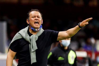 El peruano Reynoso reconoce que Cruz Azul no está en su mejor nivel