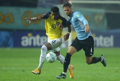 1-0. Uruguay saca a Ecuador del tercer puesto con gol de Pereiro en el minuto 92