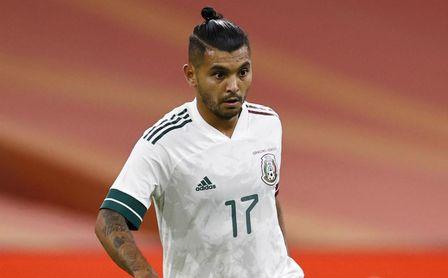 """Tecatito Corona sigue sin renovar, pero pide """"jugar más"""""""
