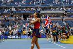 Raducanu se une a la legendaria Wade como la nueva figura del tenis británico