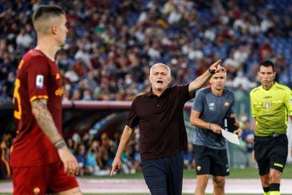 Mourinho, feliz como un niño en Roma