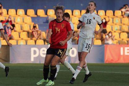 Visa y LaLiga abren una puerta a las futbolistas de cara al futuro
